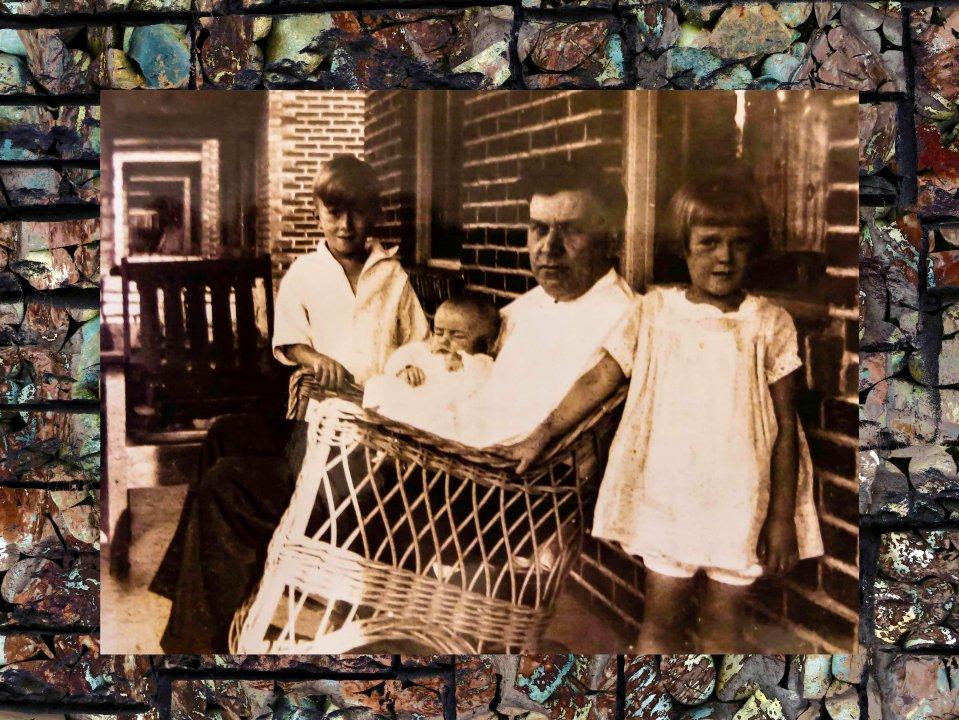 Vintage rockframe FLW 4444jobj.jpg