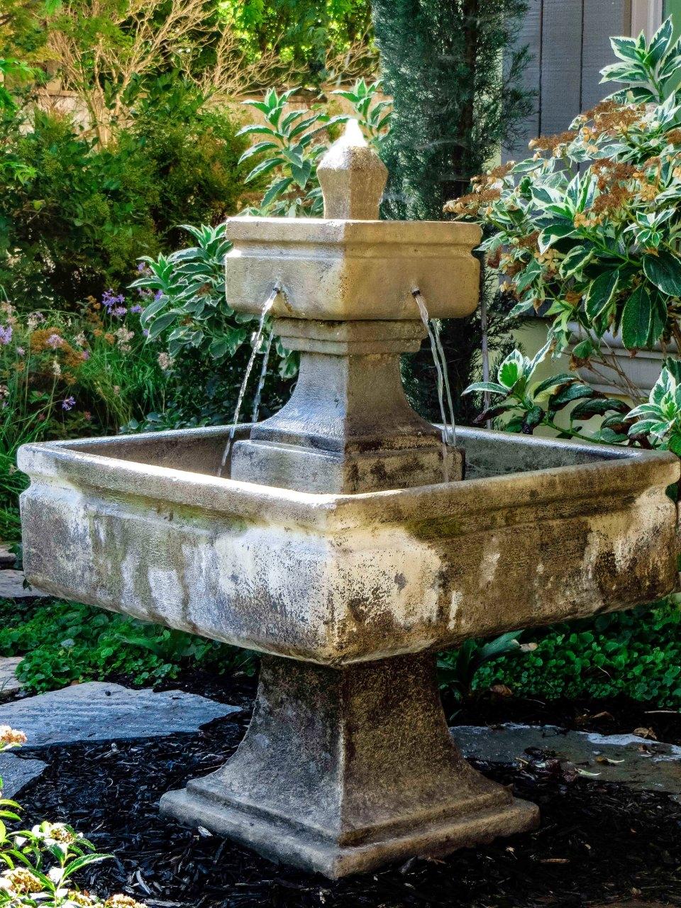 Fountain9 FLW 6777669 dggfdssty.jpg
