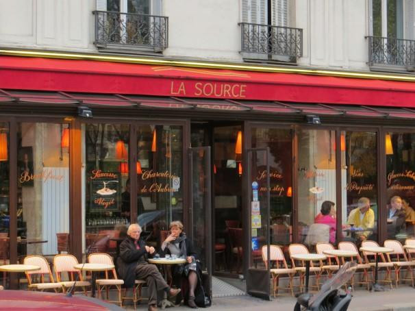 PARISCAFE 3.18.jpg