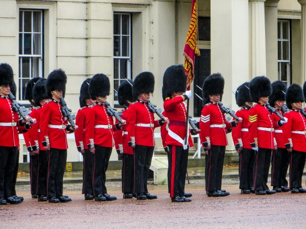 LONDON GUARDS 2