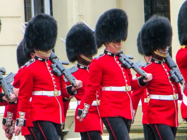 LONDON GUARDS.jpg
